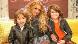 Como pocas veces, Paulina Rubio muestra a sus dos hijos y le terminan robando cámara