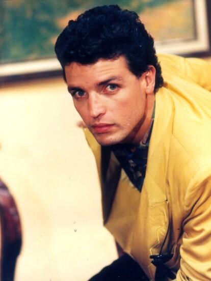 Rafael Rojas, actor nacido en Costa Rica, se convirtió en todo un galán de las telenovelas a finales de los 80 y principios de los 90. Sin embargo, con el paso de los años poco a poco, y en medio de escándalos personales, se fue retirando de la pantalla hasta desaparecer por completo de los reflectores.