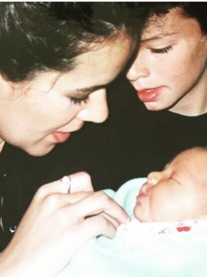 Fruto del matrimonio que tuvo por más de 10 años con Alberto Sánchez, de 1998 a 2009, Edith Márquez se convirtió en madre de dos niños, Sebastián y Nicolás.