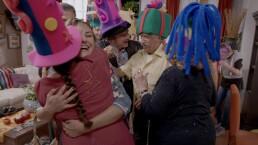 ¡La familia Córcega le da la bienvenida a Linda!