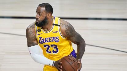 Tras ocho años, los Lakers logran llegar a semifinales