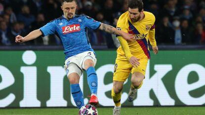 Mertens marcó, y se convirtió en el goleador histórico de los napolitanos, Griezmann lo hizo para el Barça. Dejan todo para la vuelta.