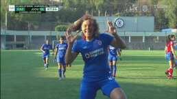 ¡Curiel no perdona! Alejandra marca el 3-0 por la vía del penal