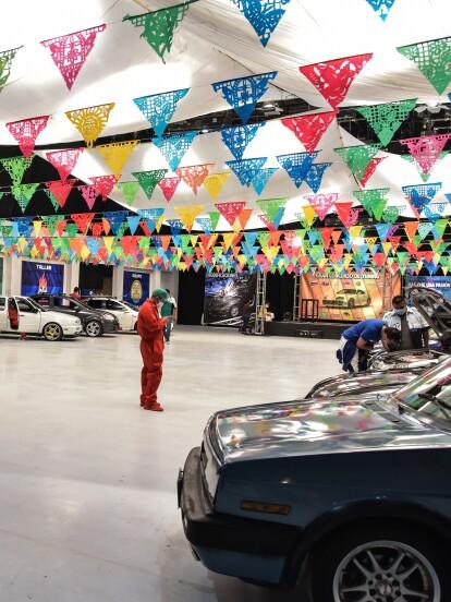 ¡Todo listo! En 'Te doy la vida', el taller de Nelson Turbina, comandados por Pedro Garrido, vuelve a participar en un concurso de tuning.