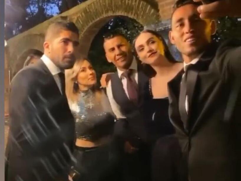 Alan Pulido, boda 7.jpeg