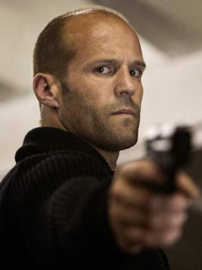El portal Movies4Men realizó un conteo con las estrellas del cine que más gente han matado y Jason Statham ocupa la séptima posición con 718 personas