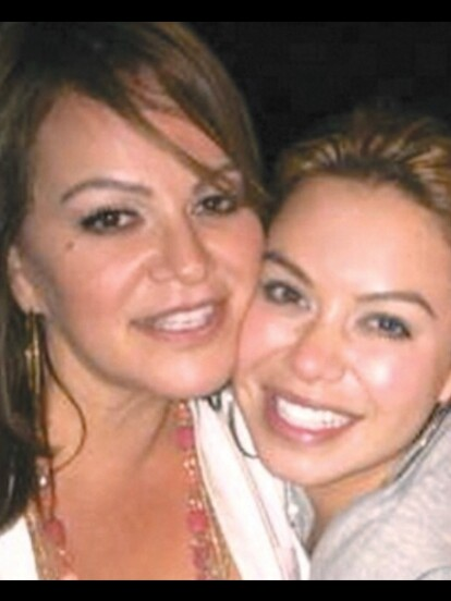 La hija de la 'Diva de la banda' dedicó un emotivo mensaje a su mamá por el que sería su cumpleaños número 50.