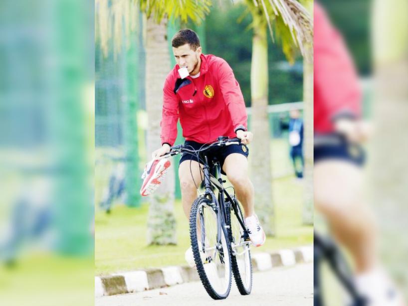 2 eden hazard bicicleta.png