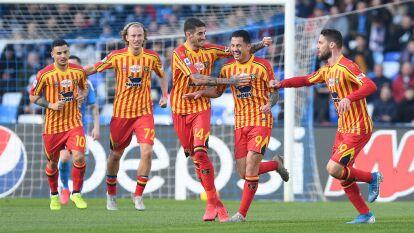 Lecce obtiene una victoria cómoda ante el Napoli de Gattuso con 3-2. El último tanto para la escuadra napolitana cayó en el minuto 89 por parte de Callejón. El mexicano Hirving Lozano entró al minuto 76 del partido.