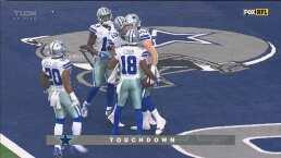 ¡Solo por el centro y anota! Seis puntos para Cowboys