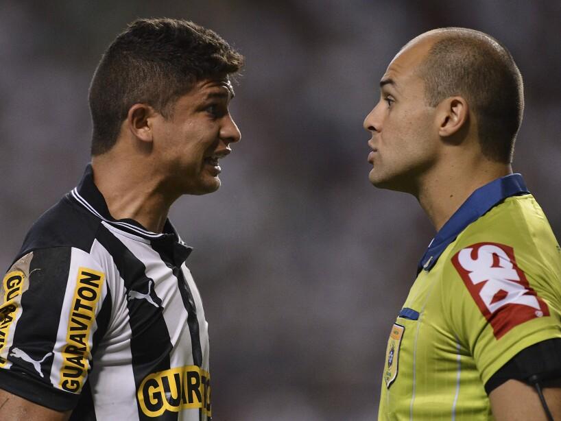 Fluminense v Botafogo - Brazilian Serie A